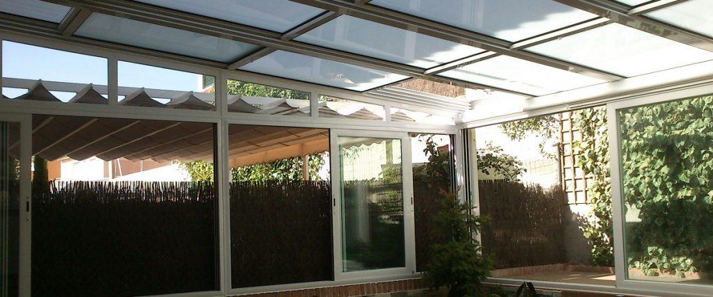 Cerramientos de cristal jardines de invierno sin perfiles for Jardines de invierno cerramientos