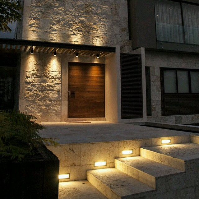 Iluminaci n de exterior buenas ideas para iluminar - Luces de pared exterior ...