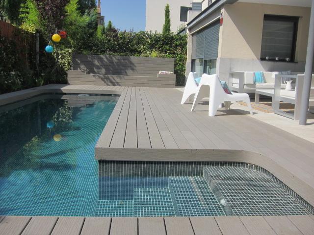 Tarimas para piscinas tarimas para piscinas de madera o for Piscina composite